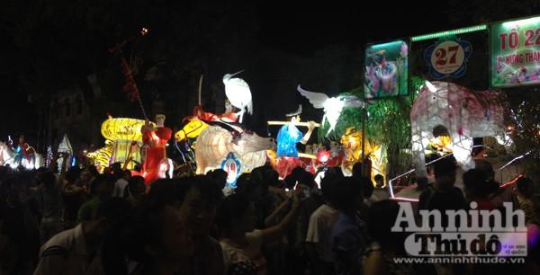 Ấn tượng đặc sắc lễ hội Trung thu Tuyên Quang 2015 ảnh 7