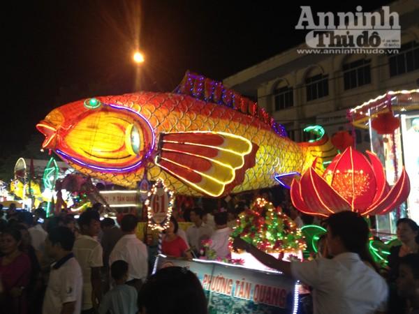 Ấn tượng đặc sắc lễ hội Trung thu Tuyên Quang 2015 ảnh 5