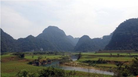 Thung lũng trước hang Chuột