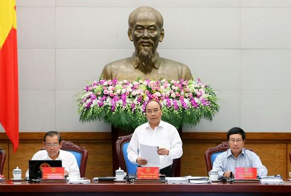 Thủ tướng Chính phủ Nguyễn Xuân Phúc chủ trì phiên họp Chính phủ thường kỳ tháng 6