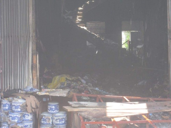 Toàn bộ vật dụng trong ngôi nhà đã bị thiêu rụi