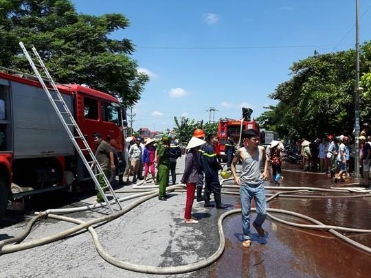 Khi ngọn lửa được dập tắt, 2 cháu bé đã tử vong
