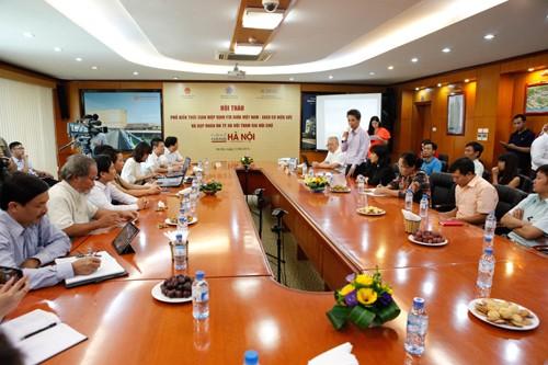 Ông Nguyễn Gia Phương, Giám đốc Trung tâm Xúc tiến Đầu tư, Thương mại, Du lịch Hà Nội thông báo các hỗ trợ từ phía TT cho các DN sang Nga tham dự Hội chợ