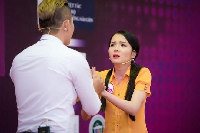 Hành trình đến đêm chung kết Hoa hậu Việt Nam của nhân viên ngân hàng
