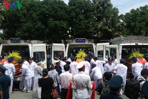 Lễ truy điệu 3 phi công tử nạn trong vụ rơi máy bay ở Vũng Tàu ảnh 7