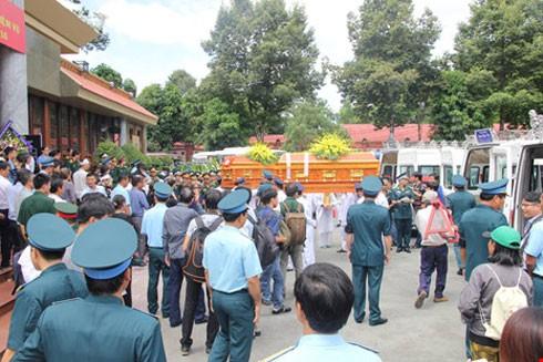 Lễ truy điệu 3 phi công tử nạn trong vụ rơi máy bay ở Vũng Tàu ảnh 1