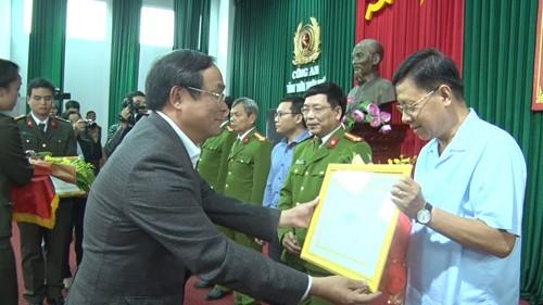 Thưởng nóng ban chuyên án khám phá vụ cướp ngân hàng BIDV tại Huế