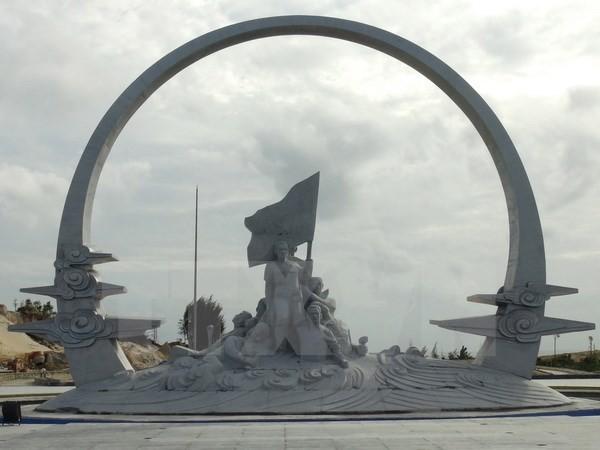 Nghiệm thu tượng đài Khu tưởng niệm chiến sỹ Gạc Ma ảnh 1