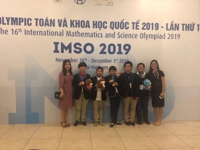Học sinh trường Newton trong đội tuyển IMSO Việt Nam giành 2 HCV, 3 HCB