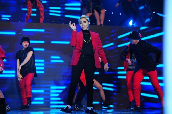 """Đông Nhi """"máu lửa"""" thể hiện rap, Sơn Tùng """"ngậm ngùi"""" chia giải thưởng ảnh 5"""
