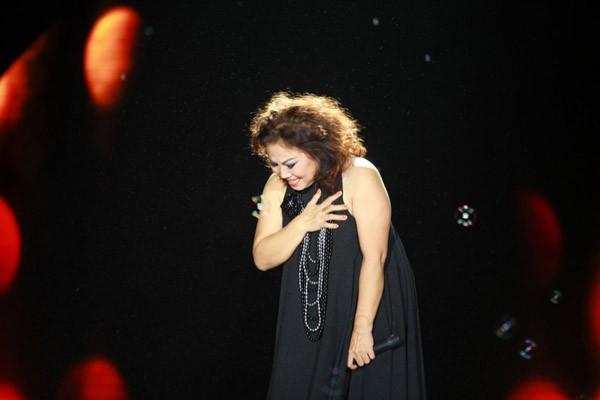Đàm Vĩnh Hưng xuất hiện bất ngờ trong liveshow Dấu ấn cùng Siu Black ảnh 10