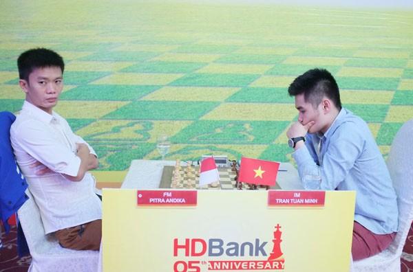 Giải Cờ vua Quốc tế HDBank 2015: Quang Liêm giữ mạch bất bại ảnh 7