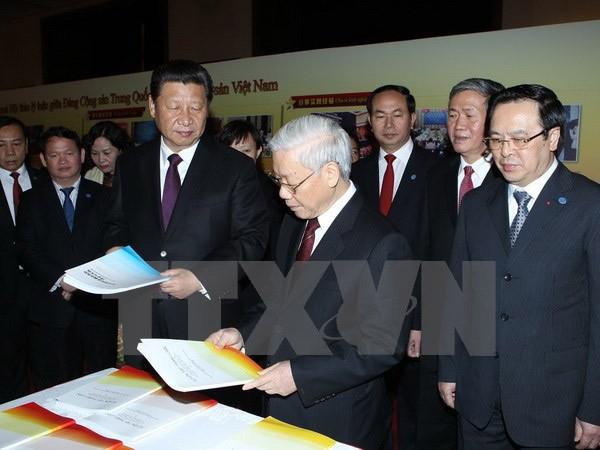 Tổng Bí thư Nguyễn Phú Trọng gặp đại diện Hội Hữu nghị đối ngoại nhân dân Trung Quốc ảnh 1