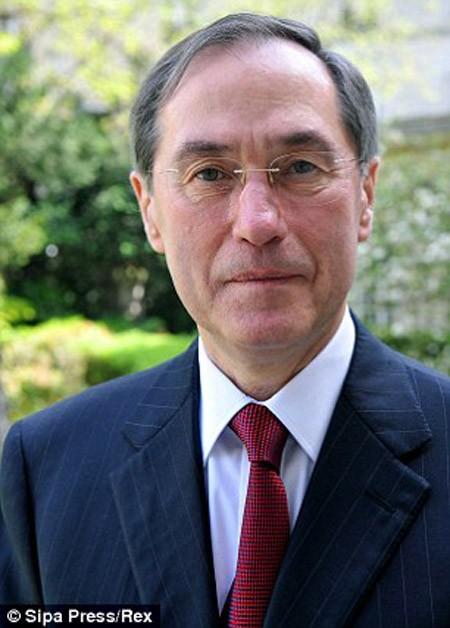 Những bất lợi trên con đường chính trị của ông Sarkozy ảnh 2