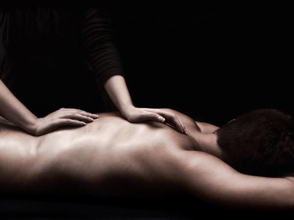Góc khuất của ngành dịch vụ massage tỷ đô tại Mỹ ảnh 1