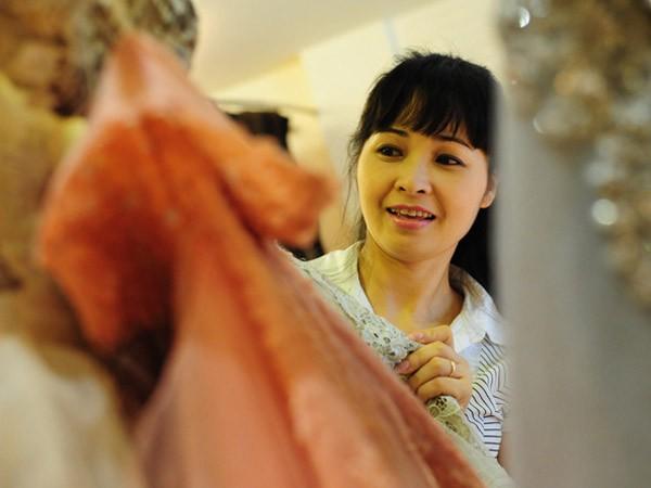 Ca sĩ Trang Nhung: Nhà trăm tỷ không phải từ cát-sê đi hát ảnh 1