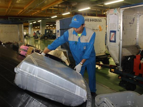 Không để hành khách đi máy bay bị mất cắp hành lý ảnh 1