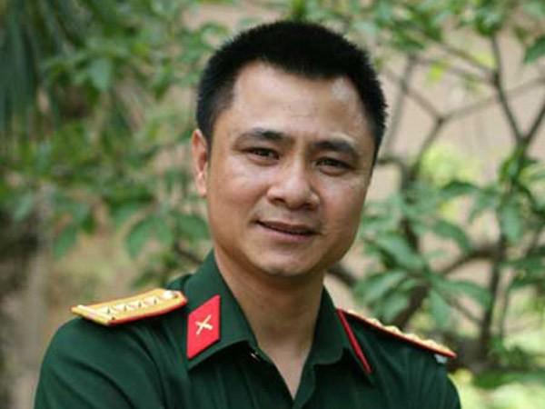 Diễn viên Tự Long, Trung Hiếu được đề nghị phong NSND ảnh 1