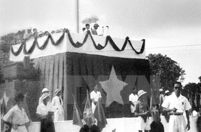Ký ức ngày độc lập ảnh 1