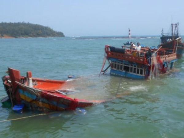 Audio 13-10-2015: Về 10 ngư dân gặp nạn ở Hoàng Sa và việc Nato sẵn sàng đàm phán với Nga ảnh 2