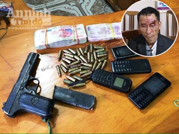 Bắt giữ một người đàn ông mang theo súng, đạn tìm cách vượt biên ảnh 1