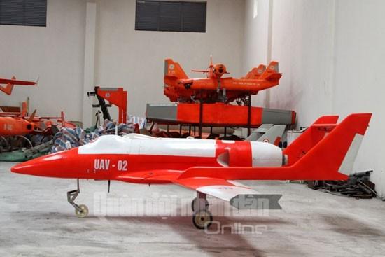 Máy bay không người lái Việt Nam - từ xưởng sản xuất tới bầu trời ảnh 1