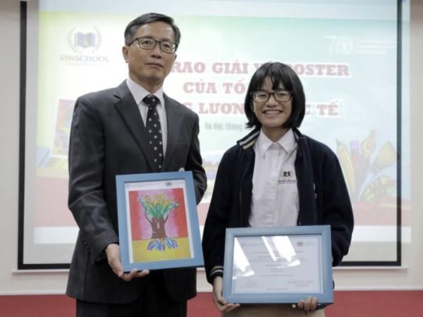 """Học sinh Vinshool đoạt giải Nhì thế giới cuộc thi vẽ """"Chống đói nghèo"""" ảnh 2"""