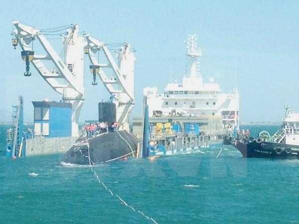 Tàu ngầm Kilo thứ 5 HQ-186 Đà Nẵng đã vào vịnh Cam Ranh an toàn ảnh 1