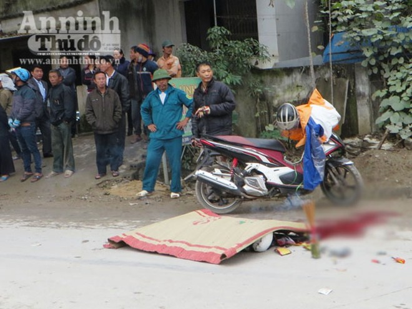 Truy tìm xe ô tô cán chết người phụ nữ rồi bỏ trốn khỏi hiện trường ảnh 1