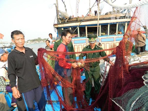 Ngư dân Quảng Nam kể lại vụ tàu Trung Quốc cướp phá tàu cá ảnh 2