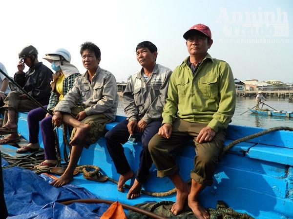 Ngư dân Quảng Nam kể lại vụ tàu Trung Quốc cướp phá tàu cá ảnh 4