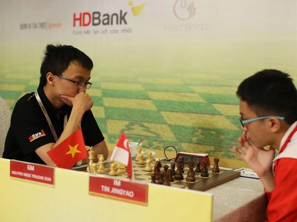 Giải Cờ vua Quốc tế HDBank 2016: Thanh An bất ngờ cầm hòa cựu kỳ thủ số 1 Việt Nam Đào Thiên Hải ảnh 3