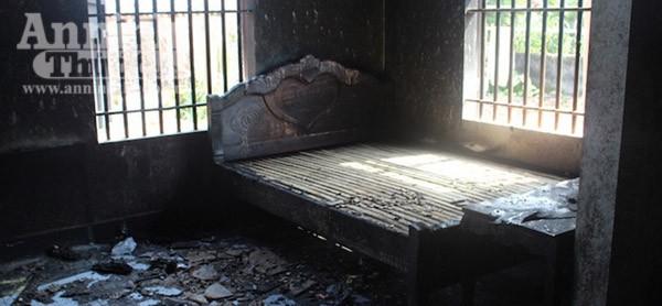 Hiện trường vụ cháy nhà khiến cả gia đình 4 người tử vong