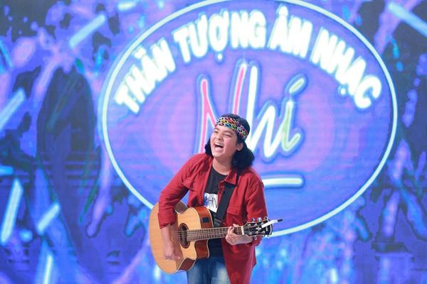 """Bé gái 11 tuổi hát """"Hồ trên núi"""" khiến Isaac và Văn Mai Hương """"nổi da gà"""" ảnh 2"""
