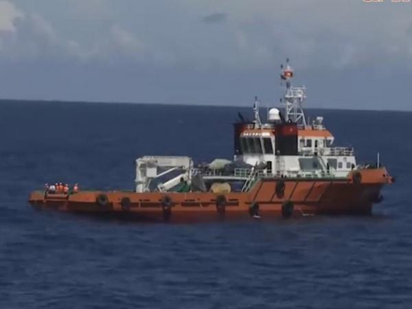 Liên quan đến một thi thể được phát hiện ở vị trí máy bay CASA-212 rơi, trưa ngày 23-6, lãnh đạo Bộ Tư lệnh Quân chủng Hải quân xác nhận thông tin trên