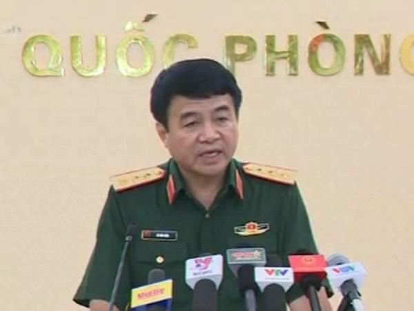 Thượng tướng Võ Văn Tuấn - Phó tổng Tham mưu trưởng Quân đội nhân dân Việt Nam tại buổi họp báo chiều ngày 24-6