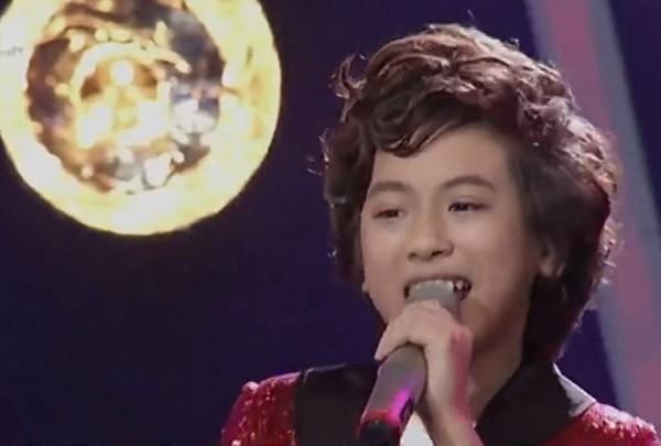 """Cậu bé """"hát đám cưới"""" Hồ Văn Cường xuất sắc trở thành quán quân Vietnam Idol kids ảnh 12"""