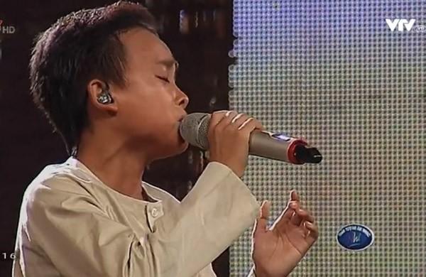 """Cậu bé """"hát đám cưới"""" Hồ Văn Cường xuất sắc trở thành quán quân Vietnam Idol kids ảnh 29"""