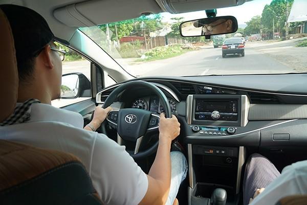 Lái xe đúng cách giúp an toàn, tiết kiệm nhiên liệu và bảo vệ xe tốt hơn