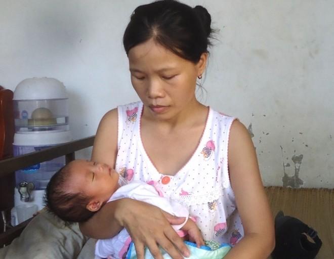 Sản phụ Nguyễn Thị Oanh, nạn nhân của vụ mổ tử cung bị cắt nhầm niệu quản