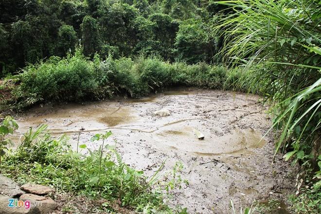Hiểm trở lối lên căn nhà có 4 người bị giết ở Lào Cai ảnh 11