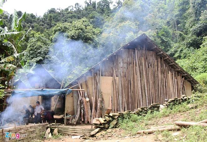 Hiểm trở lối lên căn nhà có 4 người bị giết ở Lào Cai ảnh 7