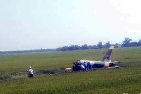 Hiện trường máy bay L39 rơi