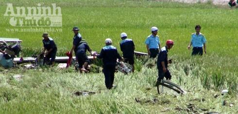 Máy bay rơi ở Phú Yên: Thêm hình ảnh công tác cứu hộ, cứu nạn tại hiện trường ảnh 4
