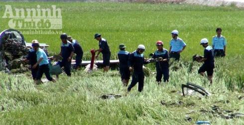 Máy bay rơi ở Phú Yên: Thêm hình ảnh công tác cứu hộ, cứu nạn tại hiện trường ảnh 5
