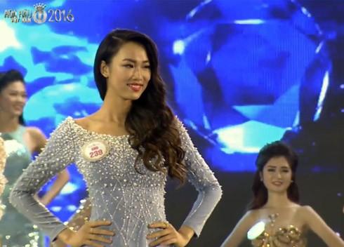 Lộ diện top 10 Hoa hậu Việt Nam 2016