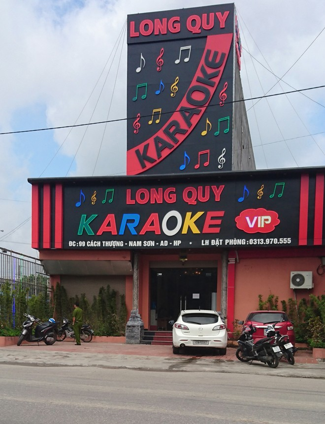 Quán karaoke Long Quy