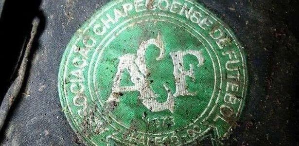 Túi hành lý của cầu thủ CLB Chapecoense được tìm thấy trên chiếc máy bay gặp nạn