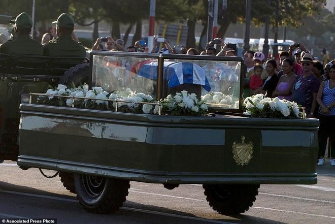 Santiago de Cuba là nơi ông Fidel bắt đầu cuộc đấu tranh lật đổ chính quyền độc tài Batista vào năm 1953 để cuối cùng giành thắng lợi vào năm 1959. Ảnh: AP.