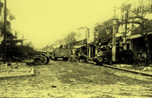 Chùm ảnh khó quên về Hà Nội mùa đông năm 1946 (3): Hà Nội hát khúc ca khải hoàn ảnh 10